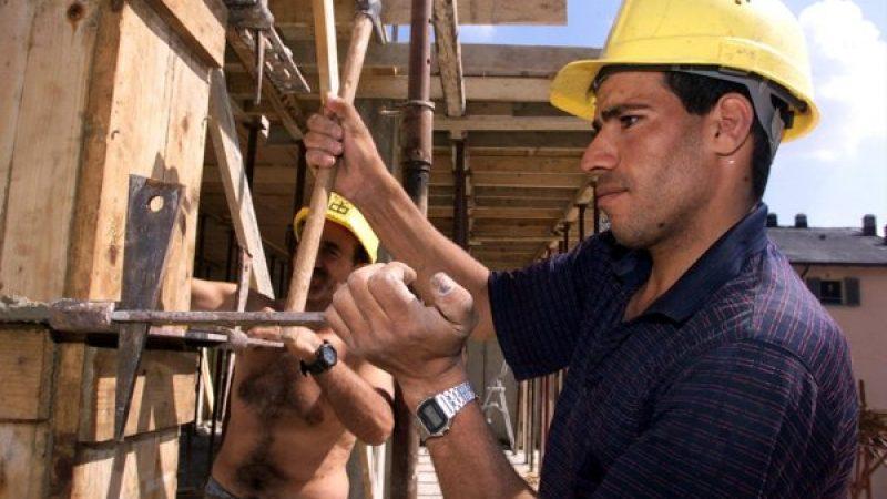 Lavoro, a maggio aumentano gli occupati: + 114mila unità