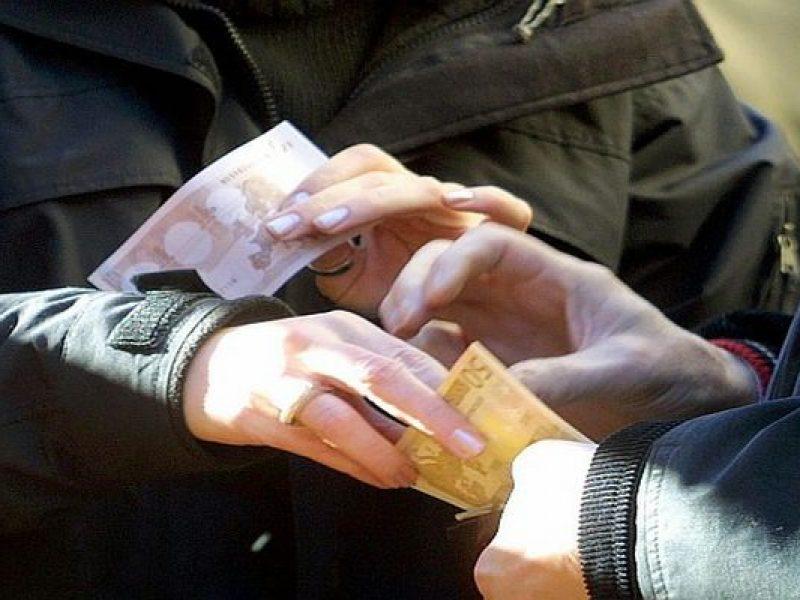 Enna, imponevano il pizzo ad un imprenditore: 6 arresti