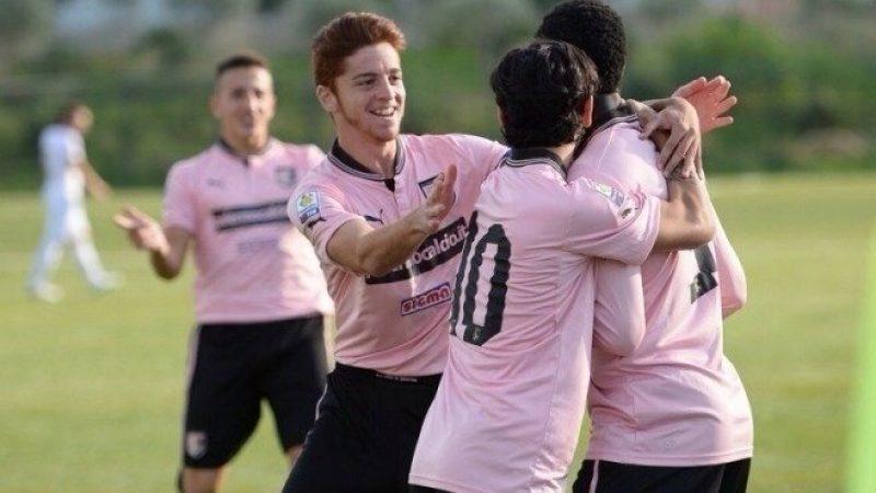 Palermo in semifinale a Viareggio. Battuto il Verona (4-0), adesso l'Anderlecht