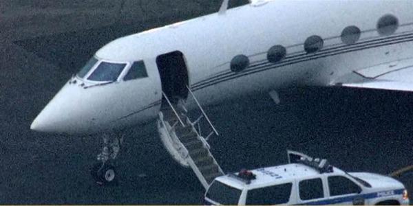 Jet Privato Justin Bieber Prezzo : Troppo fumo di erba nell aereo justin bieber e il
