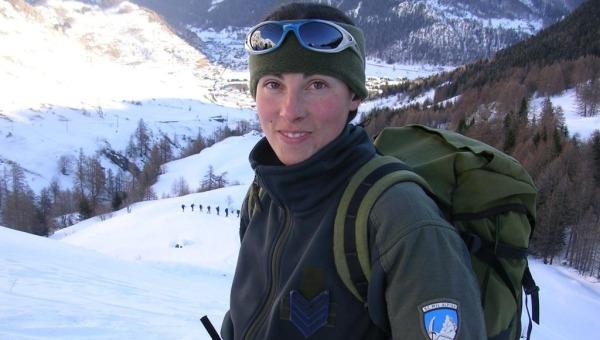 Valanga in Valle d'Aosta, muore Simona Hosquet | Era la prima donna guida alpina dell'Esercito
