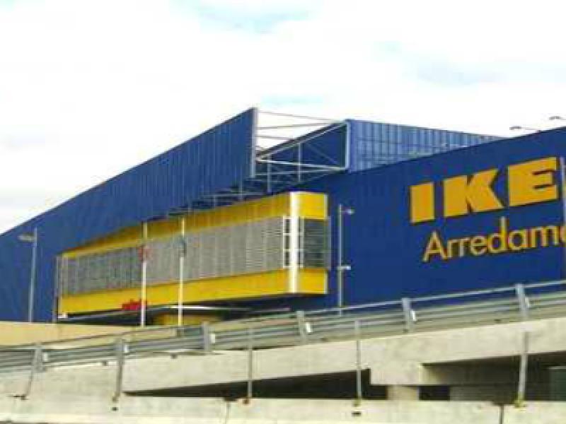 Un bambino soffoca al ristorante ikea si trova - Ikea porta di roma telefono ...