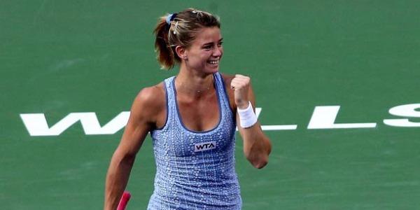WTA Tokyo, Camila Giorgi in semifinale. S. Pietroburgo, out Cecchinato