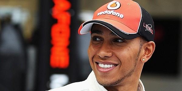 F1, la Mercedes conquista il titolo costruttori. Vince Hamilton, Rosberg secondo, Alonso sesto