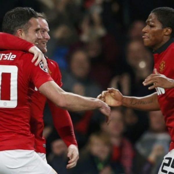 Triplo Van Persie, il Manchester United rimonta. Borussia ko ma qualificato