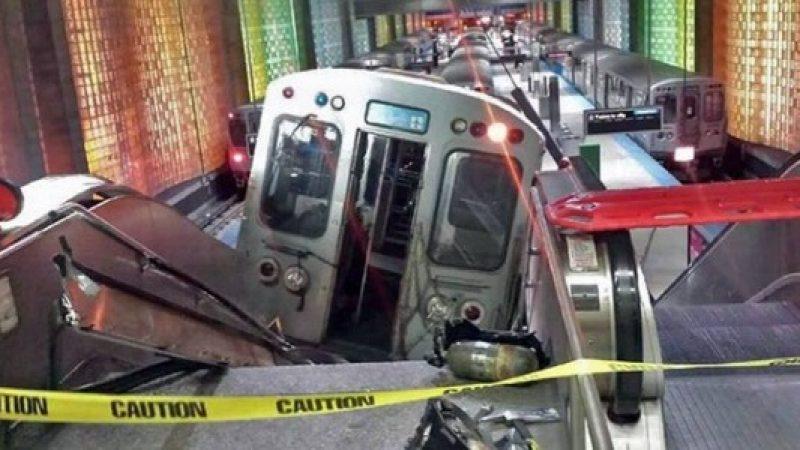 Chicago, un treno deraglia in aeroporto | e si schianta sulla scala mobile /FOTO /VIDEO