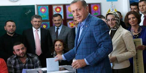Turchia al voto, Erdogan eletto al primo turno