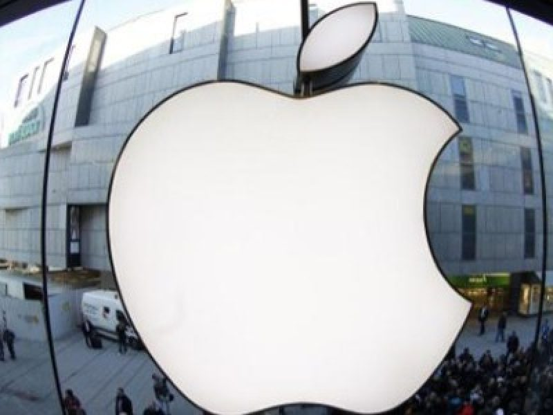 iphone, iphone edge, primo modello iphone, iphone 7, iphone 8, apple, steve jobs, rivoluzione informatica, rivoluzione digitale, novità apple, novità iphone,