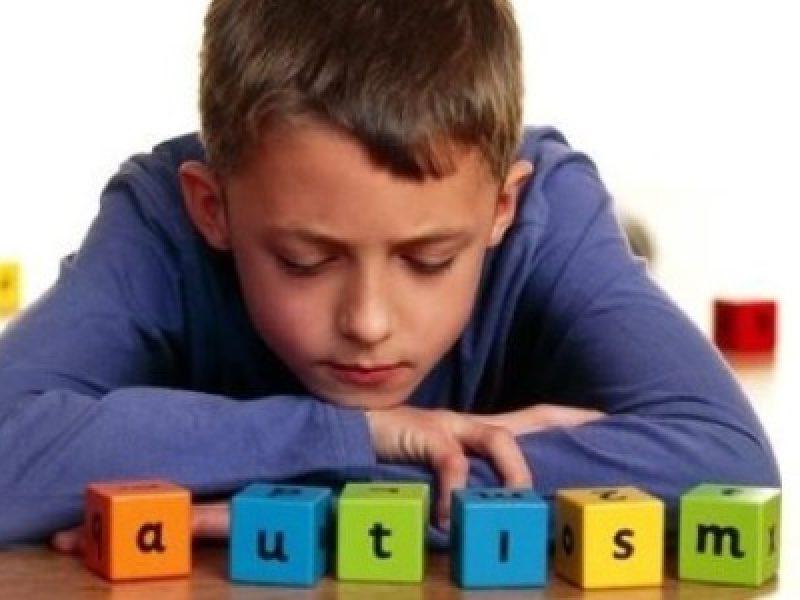 Autismo diagnosi precoce disegno e scrittura