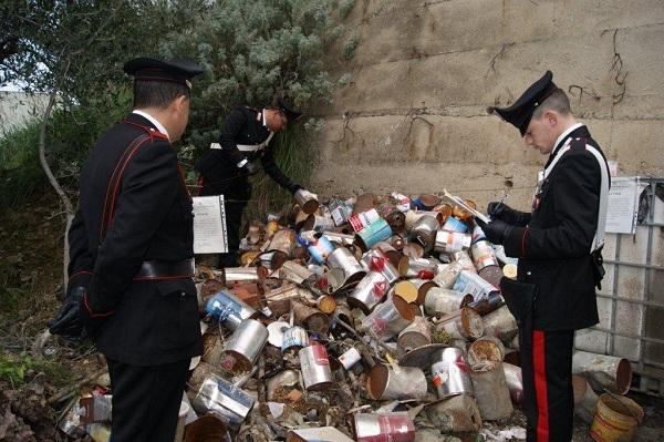 Eternit e amianto in due discariche abusive sequestrate nel Messinese | Rifiuti speciali dati alle fiamme, denunciato un falegname
