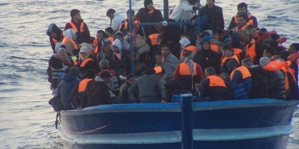 Frontex, mai accusato ong di collusione