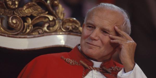 Giovanni Paolo II e le lettere segrete a un donna | Per più di 30 anni scrisse a una filosofa americana