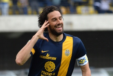"""Luca Toni annuncia il ritiro: """"Hellas Verona – Juventus sarà la mia ultima partita"""""""