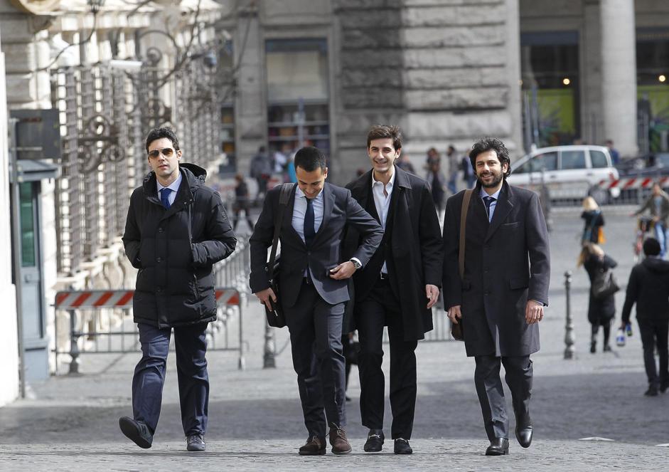 Deputati 5 stelle con reddito a zero euro di maio e fico for Deputati movimento 5 stelle