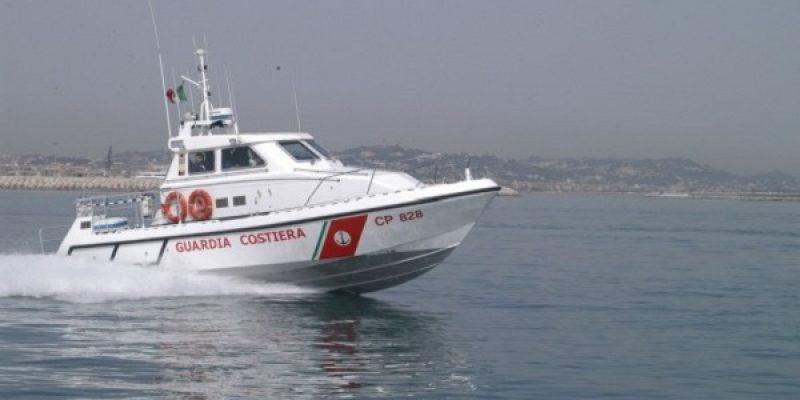 Termoli, affonda barca da diporto: 2 morti | Salvate altre due persone, sono sotto choc