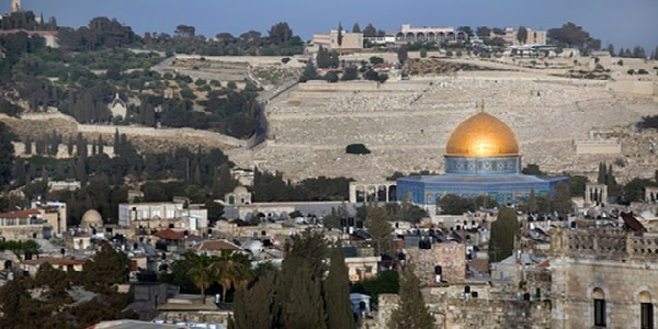 La nuova ambasciata Usa sorgerà a Gerusalemme   | Erdogan minaccia Israele, Macron chiama Trump