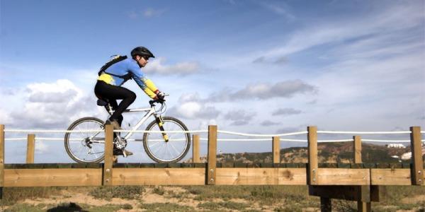 Andare in bici fa bene alla vista e rende giovane il cervello