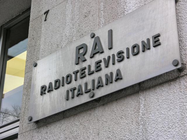 Canone Rai in bolletta, 6 rate da 16,66 euro | Le prime ipotesi sulle modalità di pagamento