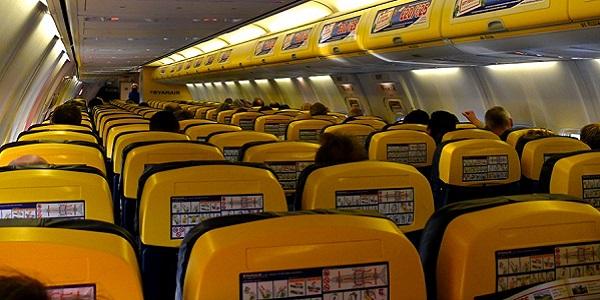 Ryanair, da novembre il bagaglio a mano non sarà più gratis