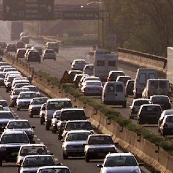 Esodo estivo, due giornate da bollino nero per il traffico
