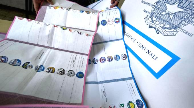 Elezioni, ammessi 75 simboli su 103 presentati