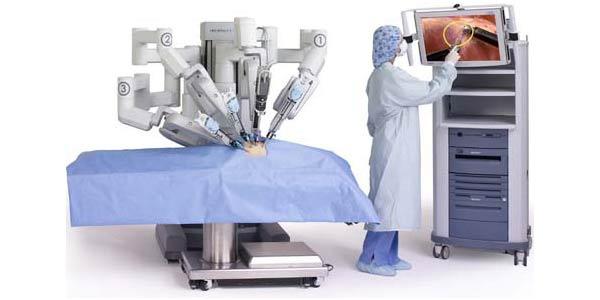Il-robot-Da-Vinci-Si-HD