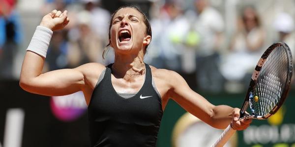 Wimbledon, la Errani esulta: Schiavone piegata in tre set