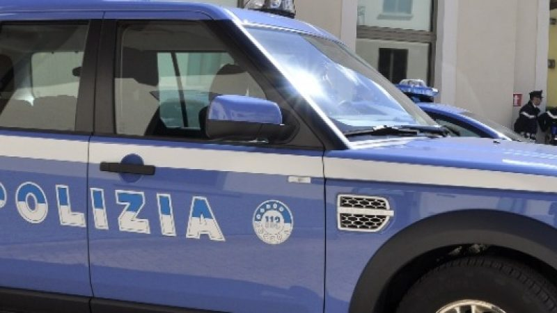 Parma, blitz antidroga: 5 arresti