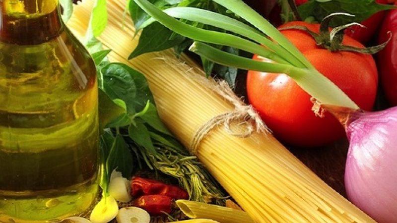 Dieta e digiuno: le cure migliori contro infiammazioni e malattie