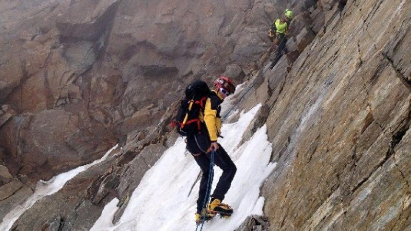 Un'altra morte sulle Alpi italiane | Uno scialpinista francese precipita al confine