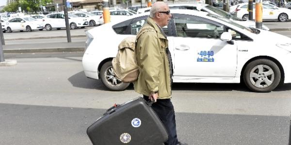 Sciopero proteste taxi tassisti uber europa milano londra madrid barcellona berlino francia sconto uberpop