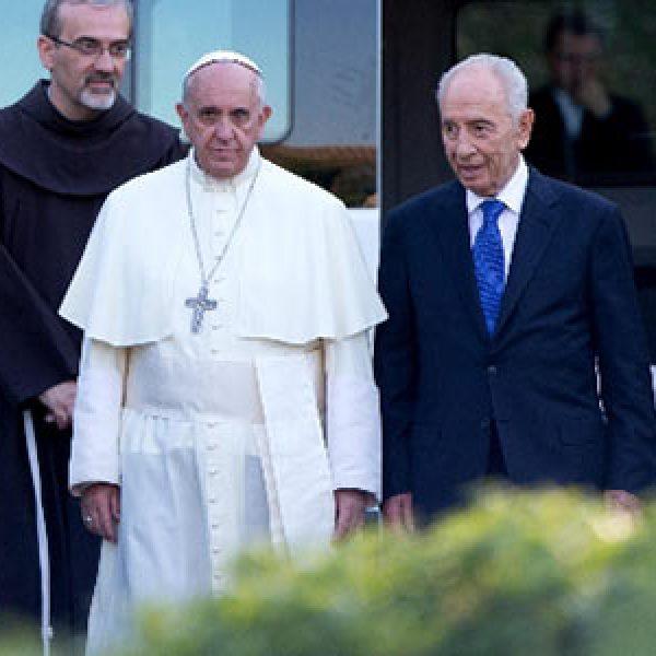 I due anni di pontificato di Francesco | Dall'impegno per la pace all'aiuto per i poveri