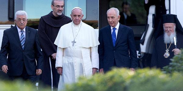 Peres-e-Abu-Mazen-a-Roma-dal-Papa