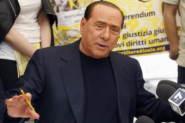 Ancora guai con la giustizia per Berlusconi | È indagato per diffamazione a Torino