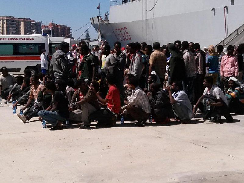 rimpatrio migranti rinviato, grecia non rimaptria migranti, perchè i migranti non vengono rimpatriati