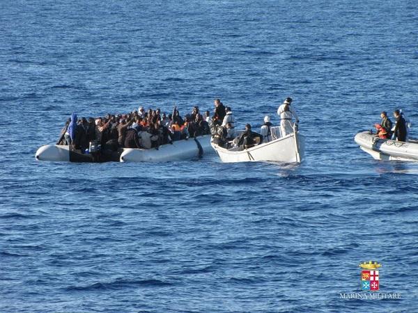 """Canale di Sicilia, nuova strage di migranti   Save the Children: """"Ci sono altri 40 morti"""""""