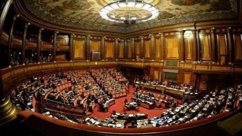 Manovra, in Senato i 120 articoli del testo finale | Dallo stop agli aumenti Iva ai bonus per i giovani