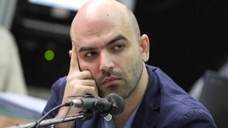 Saviano indagato per diffamazione: è stato denunciato da Salvini