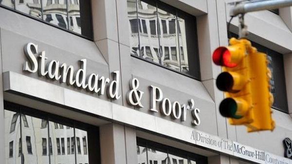 Standard & Poor's conferma il rating per l'Italia   Outlook ancora negativo per il Belpaese