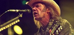 A Barolo per il festival Collisioni grande rock | Da Neil Young a Deep Purple notti di note in Piemonte