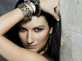 Laura pausini coach giudice la voz mexico the voice facebook 20 grandes exitos gretest hits world tour