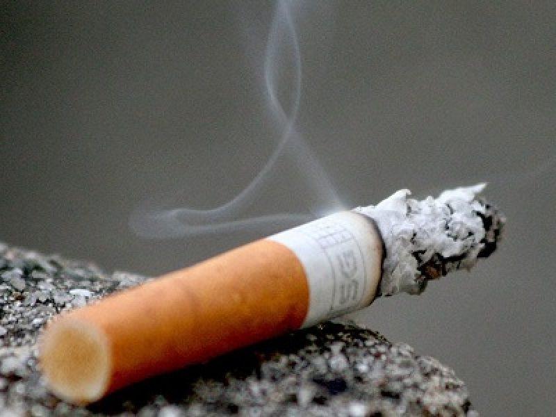 fumo, nicotina, pacchetti da 10, pacchetti sigarette da 10, sigarette, sigarette da 10, stop nicotina, stop tabacco 30 grammi, tabacco 30 grammi, Ue