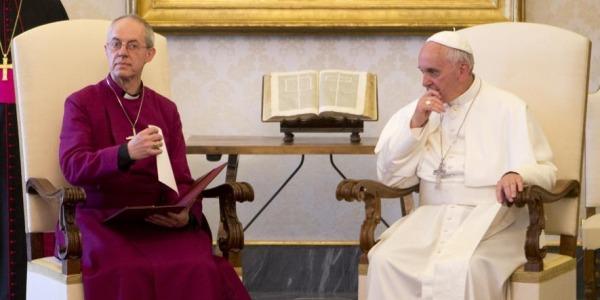 Gb, la Chiesa anglicana dice sì alle donne vescovo   Il Sinodo di York approva la riforma