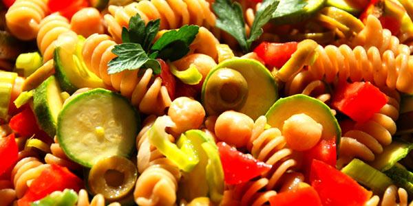 La ricetta della pasta fredda alla siciliana: ingredienti e preparazione