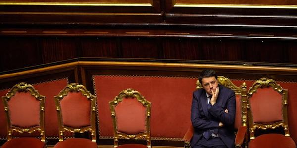 """Riforme, salta la mediazione: è scontro Pd-Sel    Renzi: """"Senatori attaccati alla poltrona"""""""
