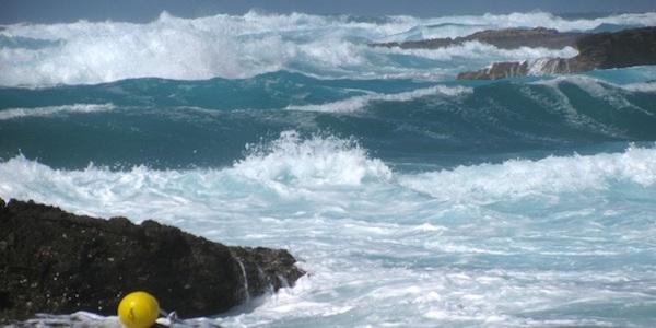 Tragedia in mare nel Cagliaritano | Finanziere annega per salvare il figlio