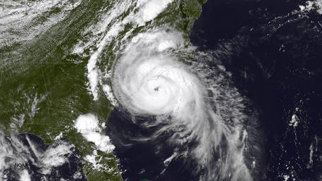 danni uragano maria, passaggio uragano maria, uragano caraibi, uragano maria, uragano maria isole caraibi
