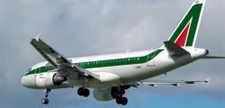 Alitalia, vertenza ALitalia, sciopero Alitalia, cancellati voli sciopero ALitalia, voli cancellati Alitalia, Sciopero Alitalia, sciopero Alitalia 5 aprile, trattative Alitalia sindacati lavoratori
