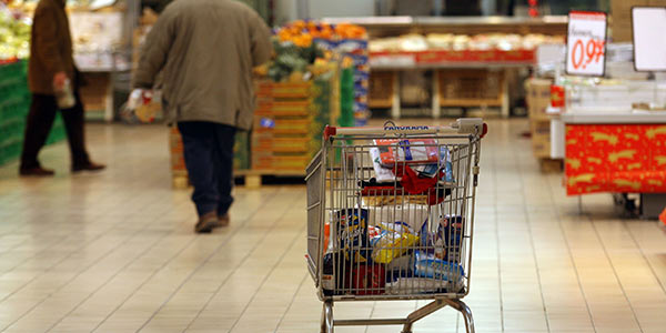 Italia: vendite al dettaglio in calo a dicembre. L'Istat spiega il perché
