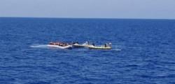 sbarchi migranti, immigrazione, naufragio